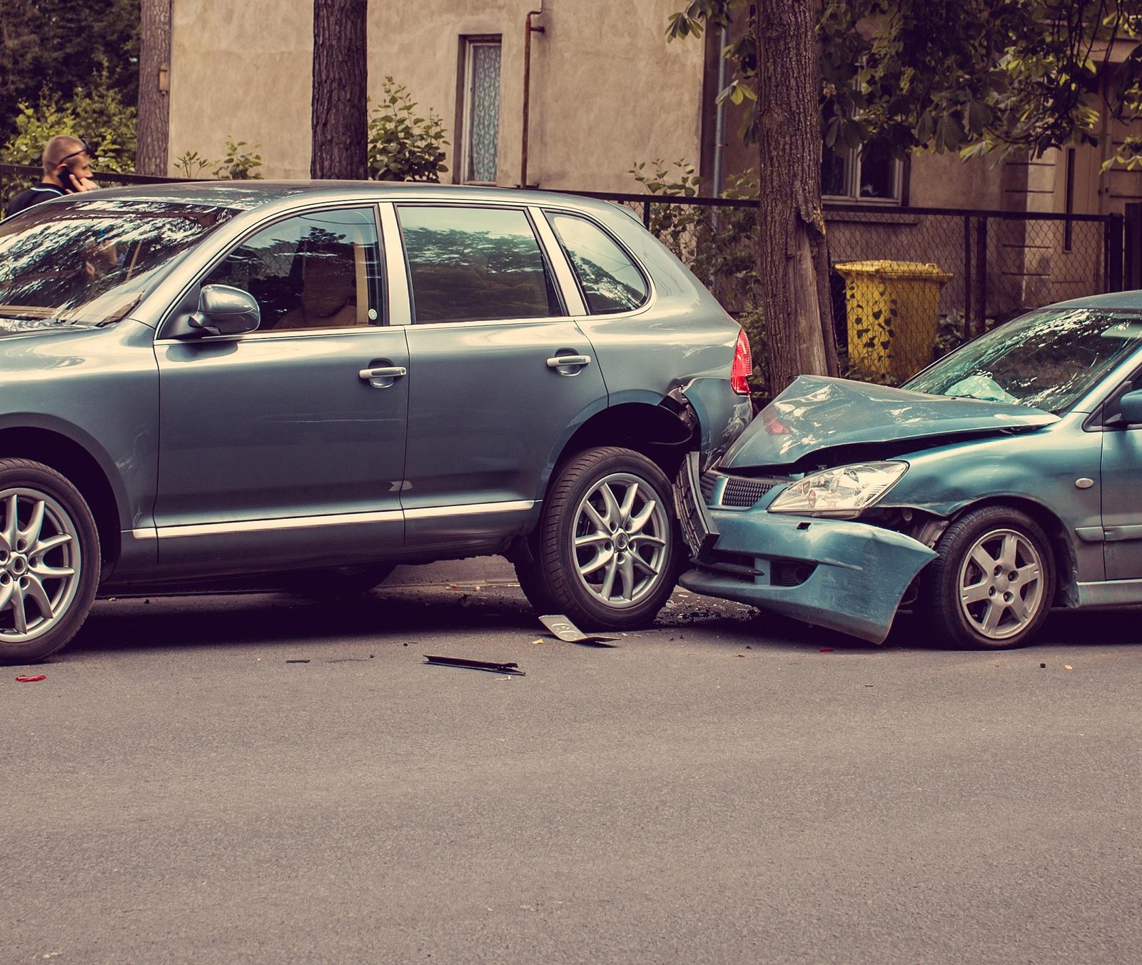 cars crashing