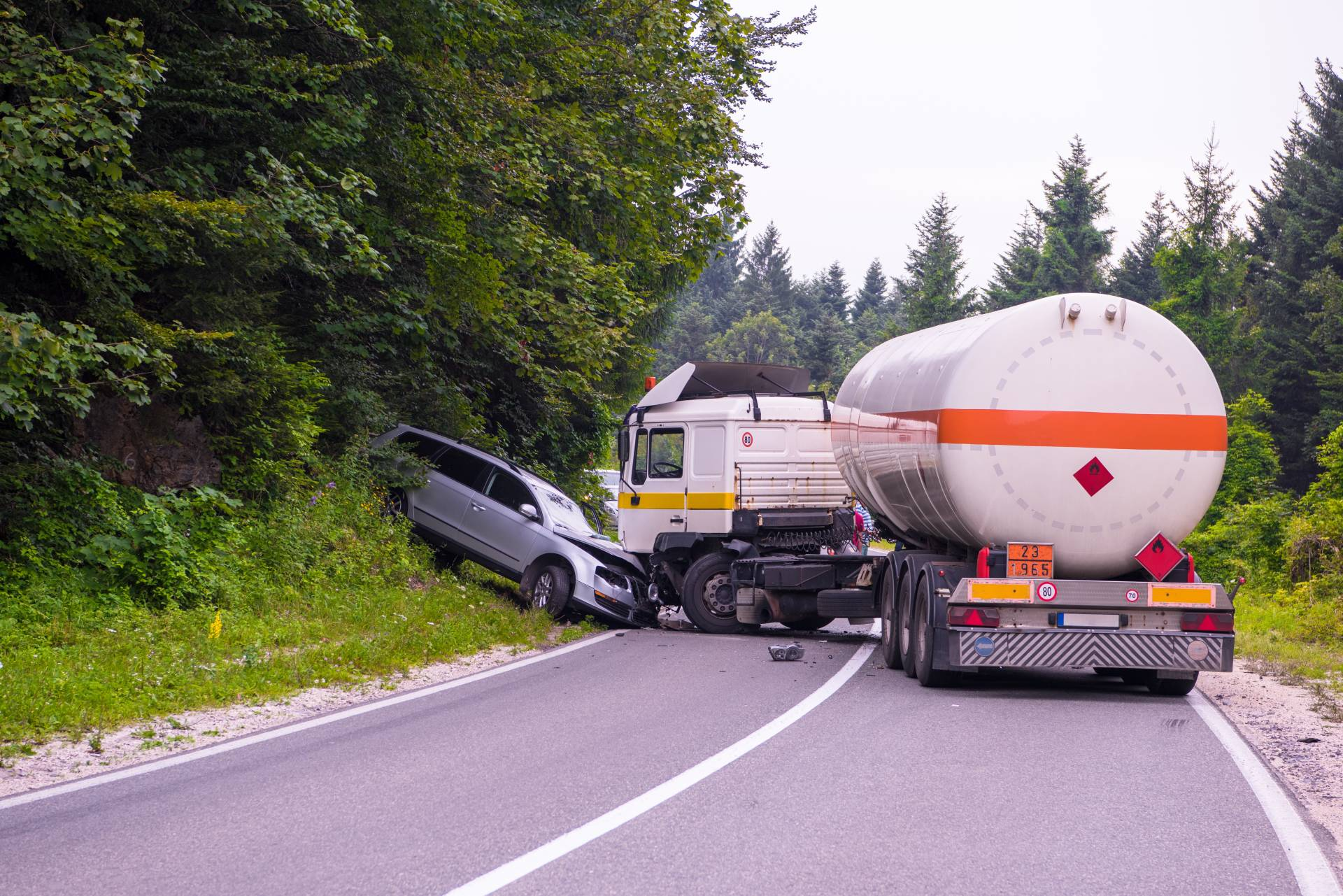 Injured in a truck accident? Contact the angell law firm today!