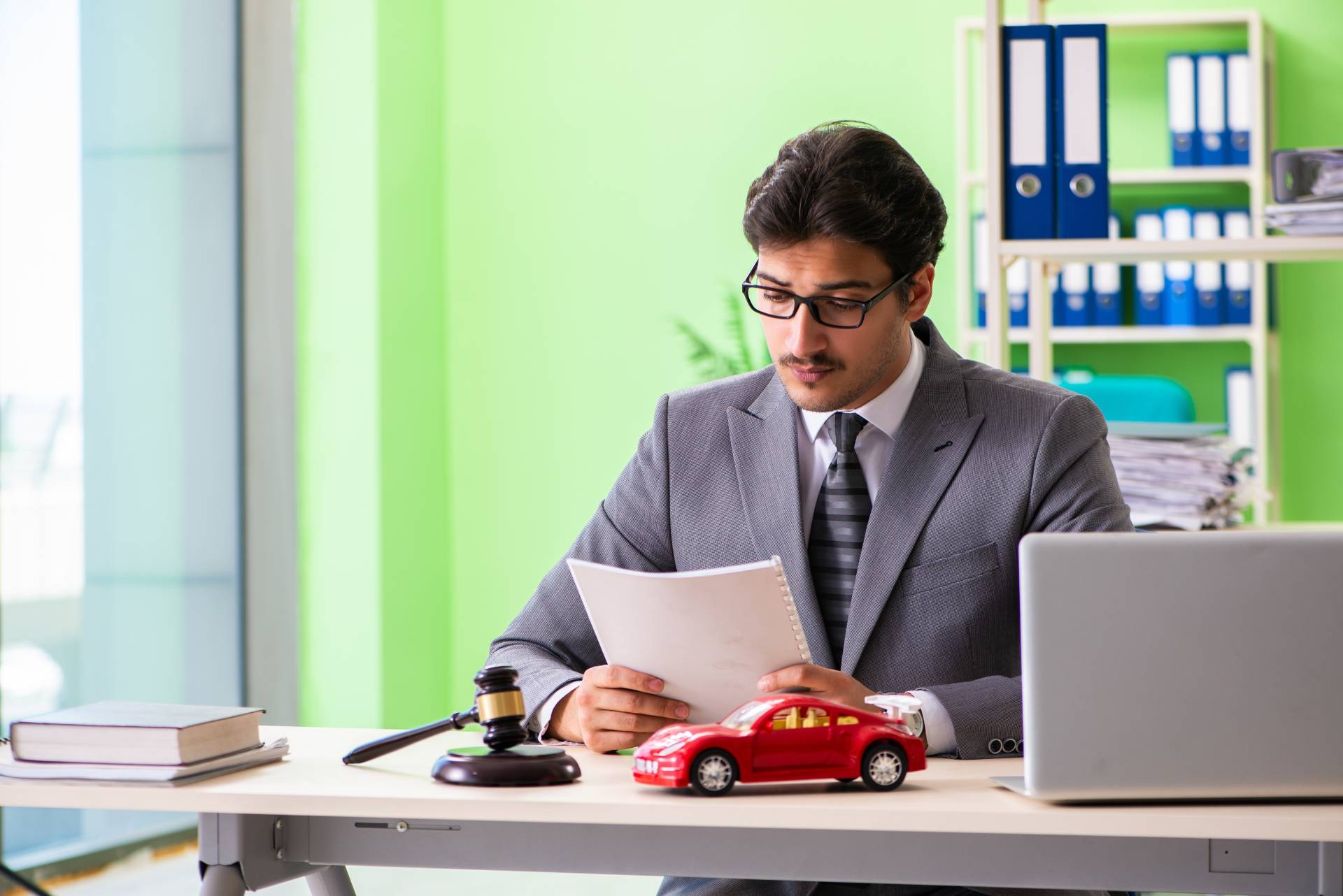 The experienced car accident lawyers at the Angell Law Firm will fight for your right to compensation.